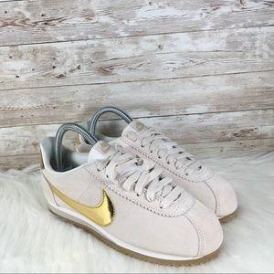 NWT Nike Classic Cortez SE